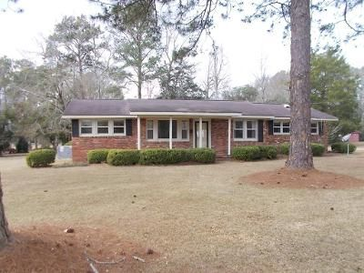 3 Bed 2 Bath Foreclosure Property in Pelham, GA 31779 - Dogwood Dr NE