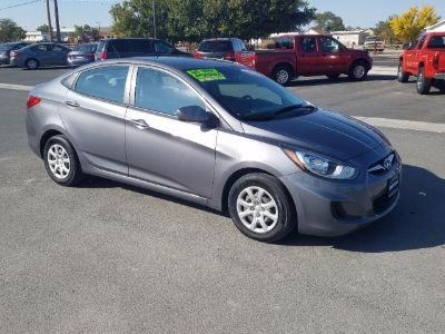 2013 Hyundai Accent GLS Sedan 4D