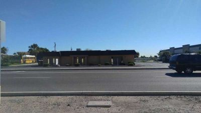 Office For Lease/Rent BEST DEAL IN THE VALLEY!! (10559 N 99th Ave)