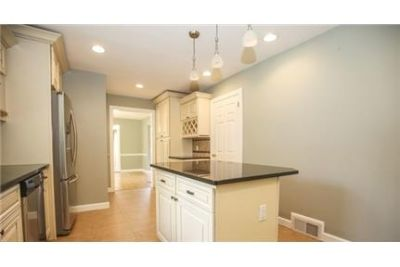 Well Maintaned Colonial with Hardwood floor throughout. Washer/Dryer Hookups!