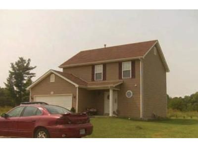 3 Bed 2.5 Bath Foreclosure Property in Pevely, MO 63070 - Stonewater Dr