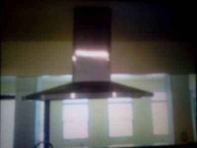 MUST SEE STAINLESS STEEL RANGE HOOD