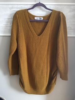 Women s Old Navy Maternity Sweater