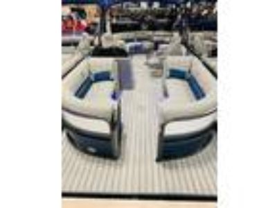 2019 Misty Harbor B-2285CBC NEW MODEL- Rear Lounger Bis Bay Tri-Toon