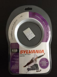 SYLVANIA COMPACT MP3 PLAYER NEW IN PACKAGE