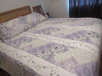 queen size purple quilt with 2 shams