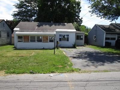 3 Bed 1 Bath Foreclosure Property in Liverpool, NY 13088 - Libby St