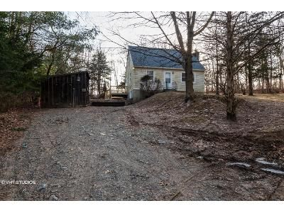 3 Bed 2 Bath Foreclosure Property in Baltic, CT 06330 - Salt Rock Rd