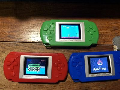 Handheld Player Built-in 268 Game Choice of Colors