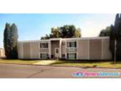 Gorgeous Two BR/One BA In Hutchinson!!