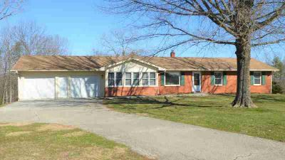 7 Kin Vale Rd Rocky Mount Three BR, Location, location, location!
