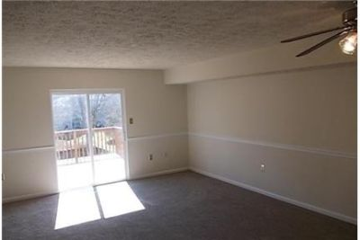 This Townhouse is a must see. Washer/Dryer Hookups!