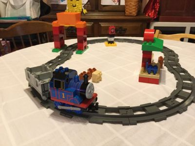 LEGO Duplo Thomas & Friends Load and Carry Train Set