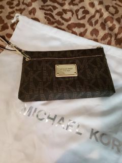 Authentic MK small clutch