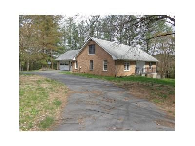 4 Bed 2.5 Bath Foreclosure Property in Churchville, VA 24421 - Hangers Mill Rd