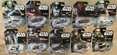 10 Hot Wheels Star Wars Character Cars New/Sealed