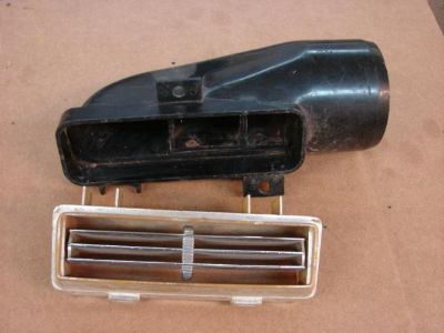 Buy 1965 CHEVY CHEVELLE EL CAMINO AC CENTER VENT DUCT SS 327 396 MALIBU 283 motorcycle in Tulsa, Oklahoma, US, for US $135.00