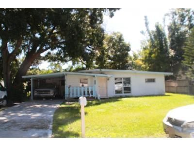 2 Bed 1 Bath Preforeclosure Property in Sarasota, FL 34232 - Radnor Pl