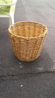 "EUC large wicker basket approx20""-24"" tall and about 18"" diameter $7"