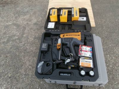 Tools with Chevy 2500 Express Van
