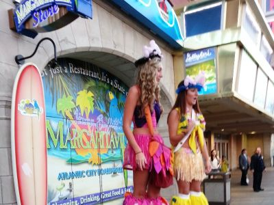 Get Paid to Play at the New Jimmy Buffett's Margaritaville (Pigeon Forge)
