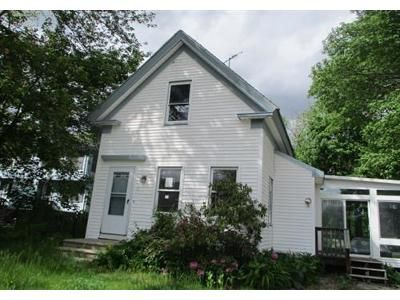 3 Bed 1 Bath Foreclosure Property in Franklin, MA 02038 - Edwards St