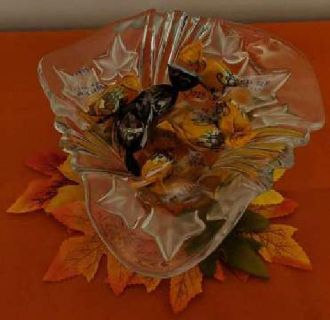 Clear Thick Glass Frosted Autumn Leaves Candy Dish