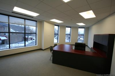 Huge and Convenient Day office now available for Rent