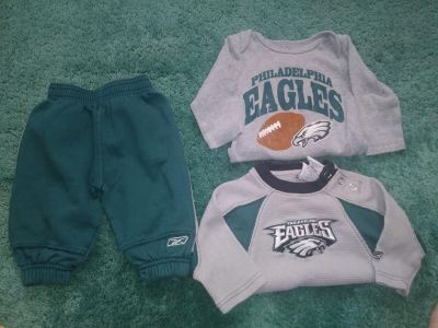 3 Piece Philadelphia Eagles Baby Clothing Lot Size 6 - 9 Months 2 Piece Sweatsuit Onesie