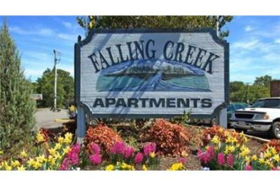 1 bedroom Townhouse - Welcome to Falling Creek Apartments.