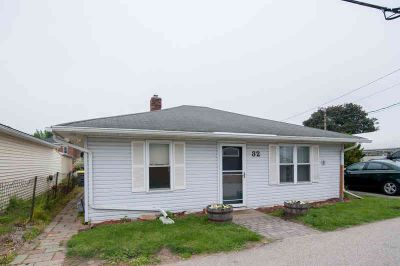 229 1/2 1st St N La Crescent Two BR, Fantastic opportunity to