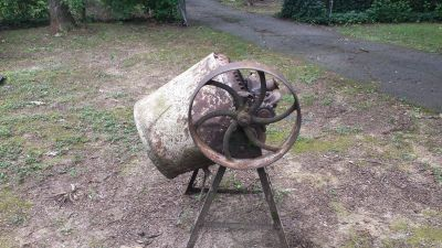 1940s belt driven cement mixer