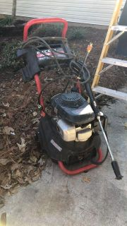 pressure washer excellent/Honda 2500 with 2 added attachments powerful $100 final