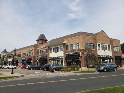 Last Retail Space Available in The Village - Mendota Heights - Prime Location