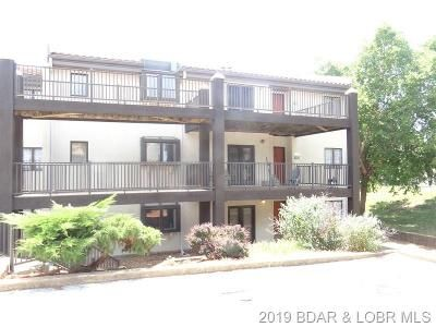 3 Bed 2 Bath Foreclosure Property in Lake Ozark, MO 65049 - Center Court Dr # 2c