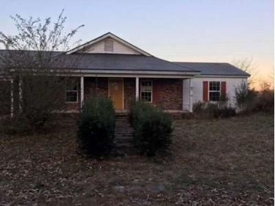 3 Bed 2 Bath Foreclosure Property in Phil Campbell, AL 35581 - Edgar Chapel Rd