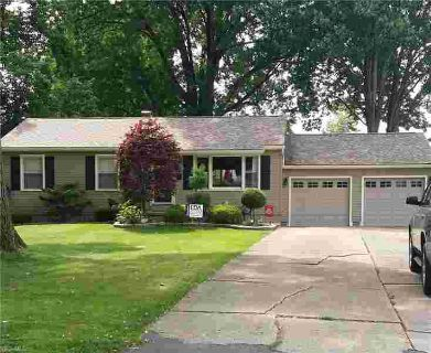 284 South Inglewood Youngstown Four BR, Absolutely Noting to Do