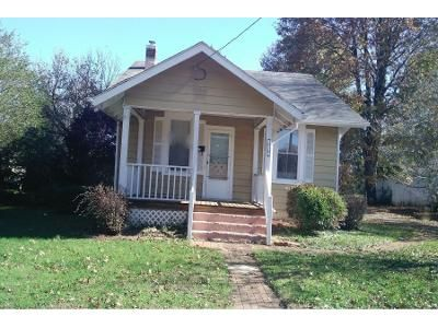 1 Bath Preforeclosure Property in Lynchburg, VA 24501 - Euclid Ave