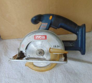 RYOBI sAW 18.0V WITH Blade** NO BATTERY
