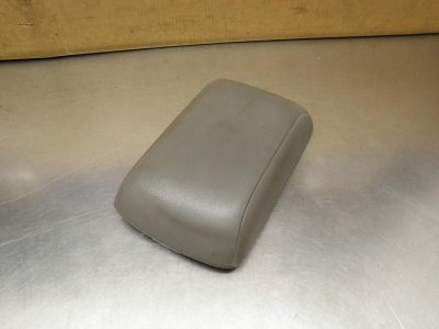Find 2008 HYUNDAI SANTA FE CENTER CONSOLE LID OEM 8594024 motorcycle in Pittsburgh, Pennsylvania, US, for US $25.00