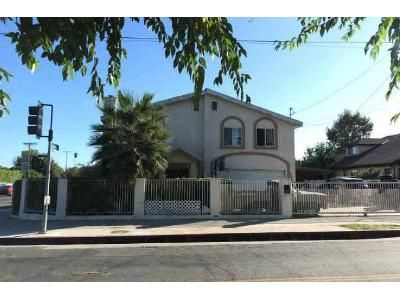 4 Bed 4 Bath Preforeclosure Property in Winnetka, CA 91306 - Strathern St