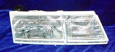 Find R HEADLIGHT 91 92 93 94 95 Mercury Cougar 1991-1995 New motorcycle in Saint Paul, Minnesota, US, for US $99.00