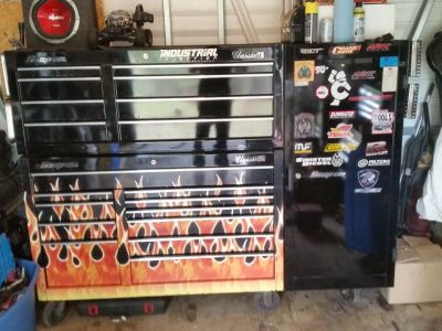 Snap-On tool box with tools