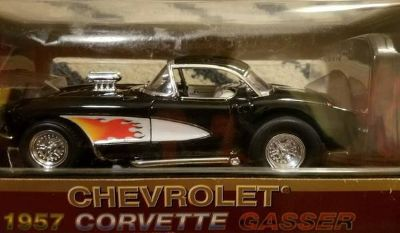 Road Legends 1957 Black Diecast Chevrolet Corvette Gasser 1:18