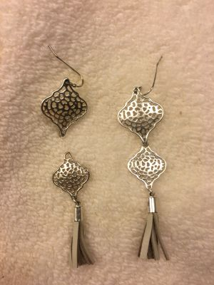 Stella and dot 2 in 1 earrings ppu $10