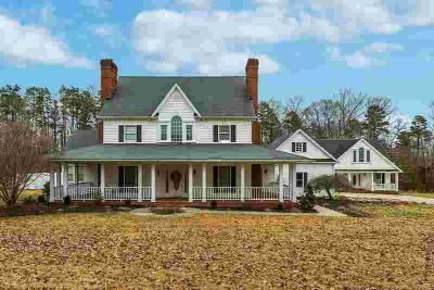 180 DOE VALLEY Drive Clay City Four BR, Don't miss this amazing