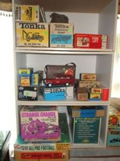 FUN Westchester Sale! 60's-70's Toys & Games, Tonka, Matchbox, Vintage Clothes & More!