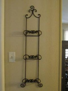 2 Metal Wall Plate  Picture Frame Displays