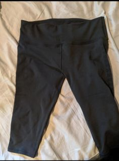 Size 12 lululemon capris in new condition