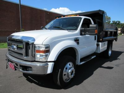 "2008 Ford Super Duty F-550 DRW 4WD Reg Cab 141"" WB 60"" CA XL (Oxford White)"